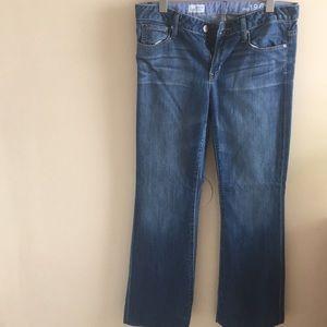 GAP Long and Lean medium wash jeans * hemmed *